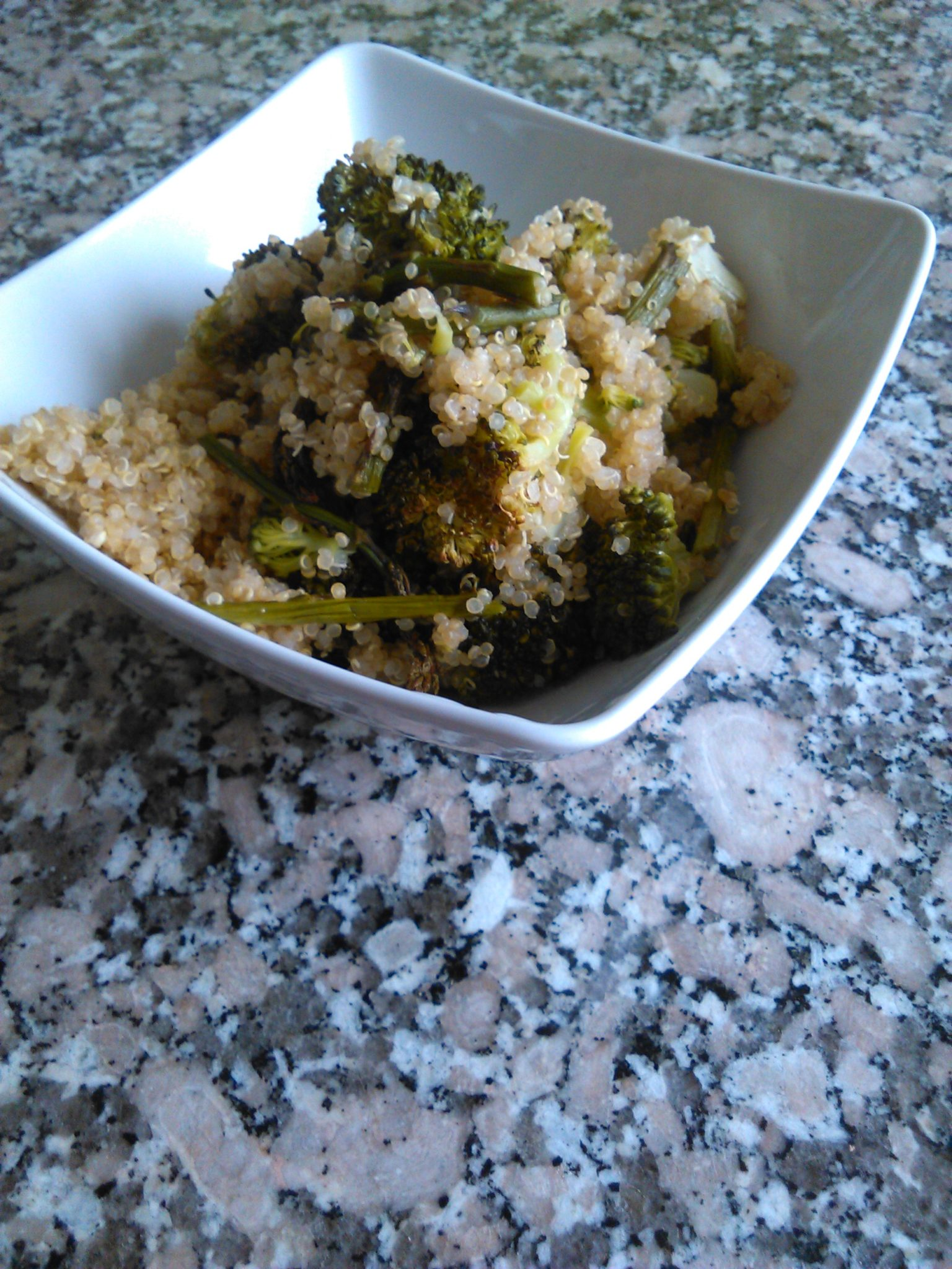 Quinoa Salad with Asparagus and Broccoli