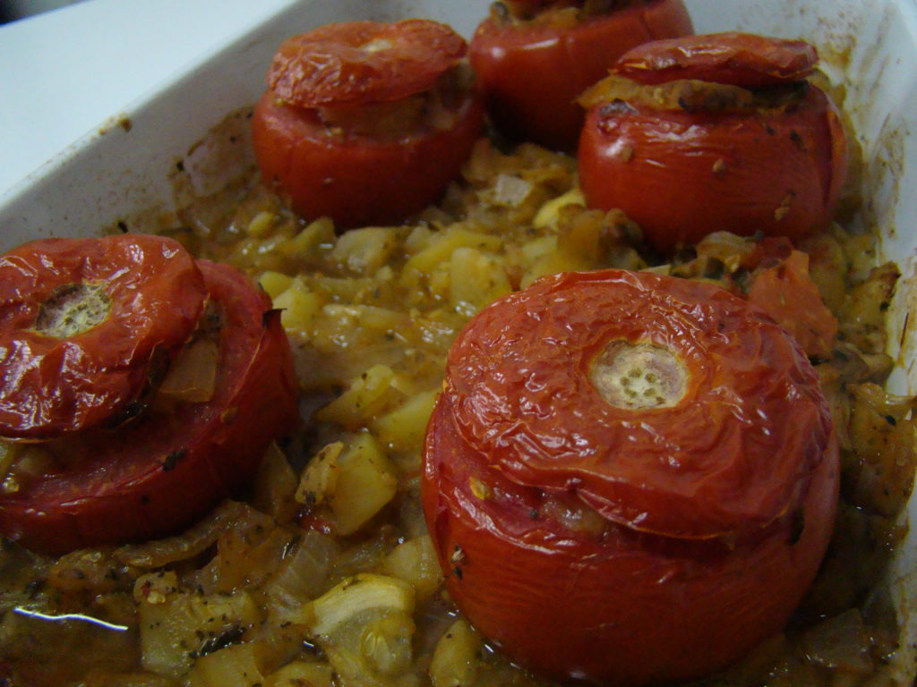 Stuffed Tomatoes with Vegetables | booksandlavender.com