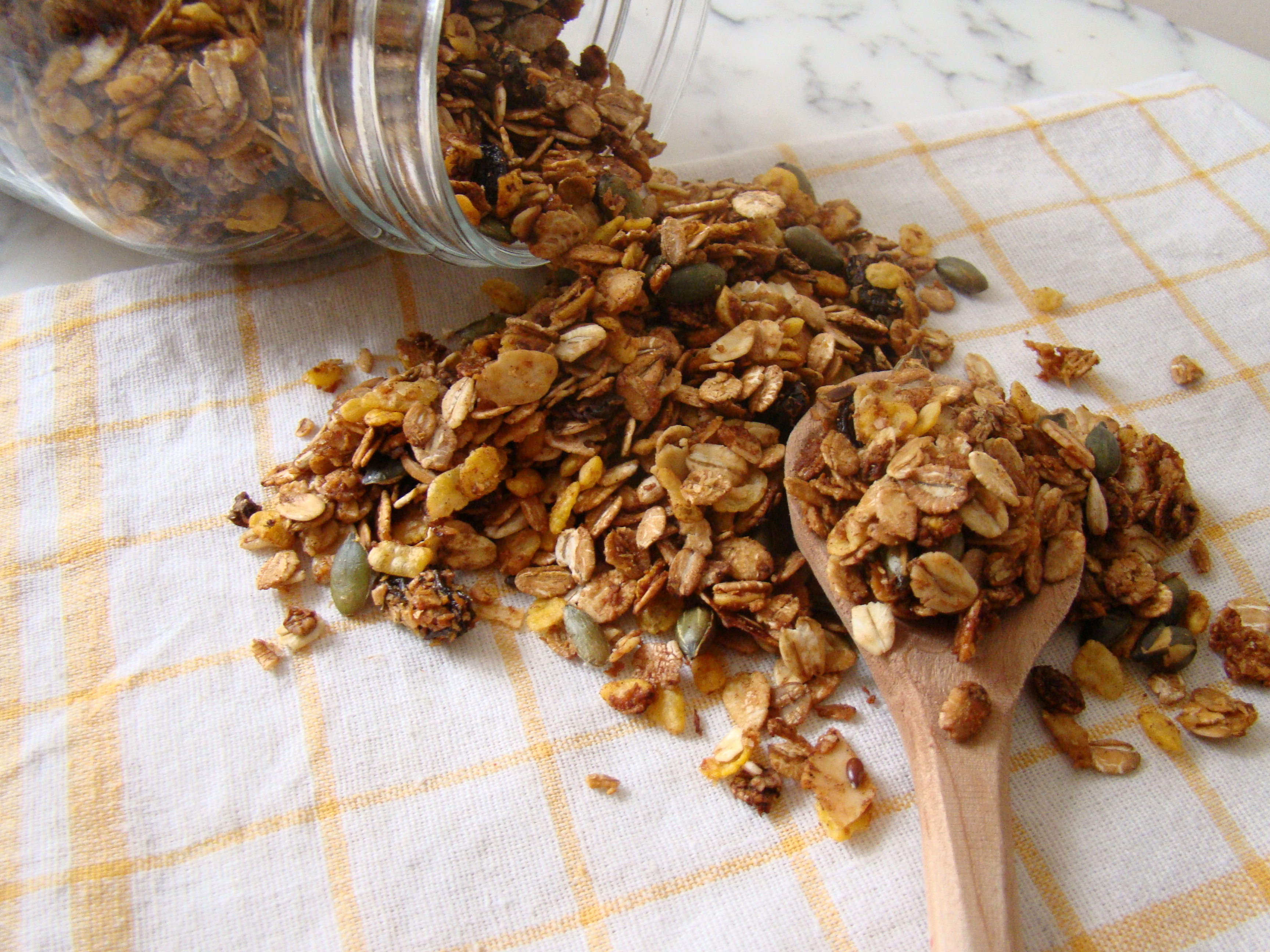 Homemade Easy Granola
