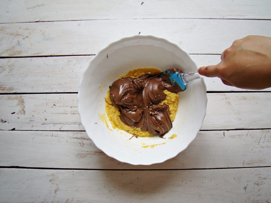 Easy Nutella Brownies (only 3 ingredients!)